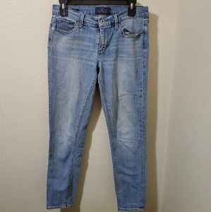 🐞Lucky brand Jean's size 28🌹